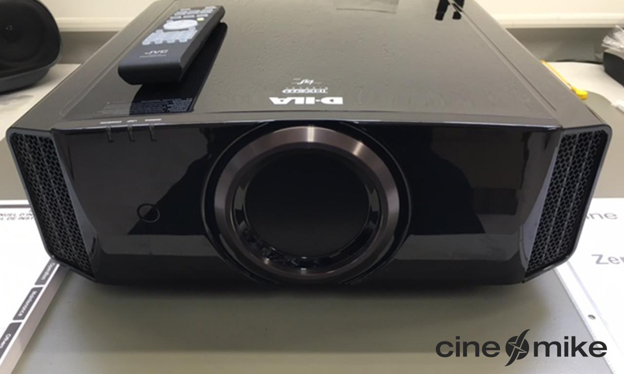 JVC DLA-X7 Cinemike €1699.-